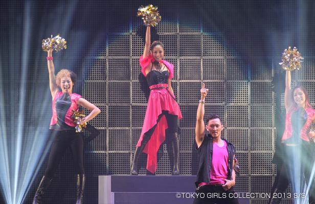 安室奈美恵が東京ガールズコレクション2013 Spring/Summerにシークレットゲストとして出演!