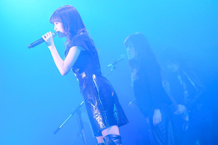 前田敦子 3月5日にリリースされる通算4枚目のシングル「セブンスコード」を披露!COUNTDOWN JAPAN 13/14