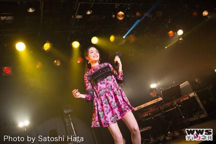 安田レイがツアーファイナルで、2ndアルバム『PRISM』のリリースをサプライズ発表!