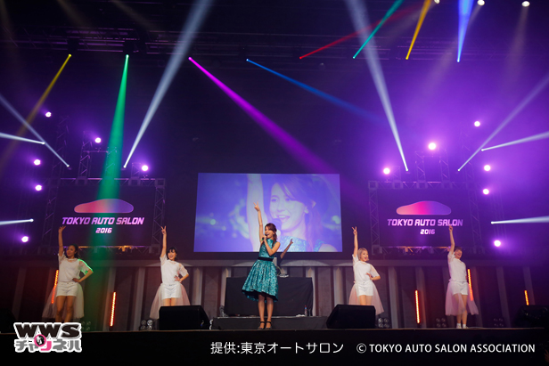 May J.が東京オートサロンに登場!2016年初ライブに「とても楽しみで寝れなかった」