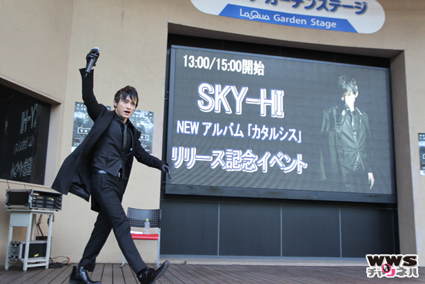 SKY-HIがニューアルバム『カタルシス』リリース記念イベントに登場!新曲『アイリスライト』など7曲披露!