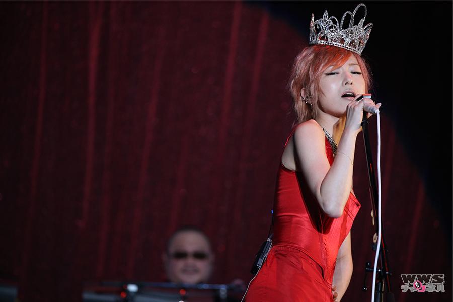 【ライブレポート】椎名林檎が『NIPPON』で拡声器で歌うパフォーマンスを披露!テレビ朝日ドリームフェスティバル2015に出演!