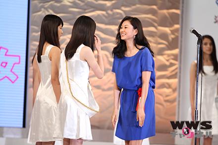 菊川怜が表彰式に参加