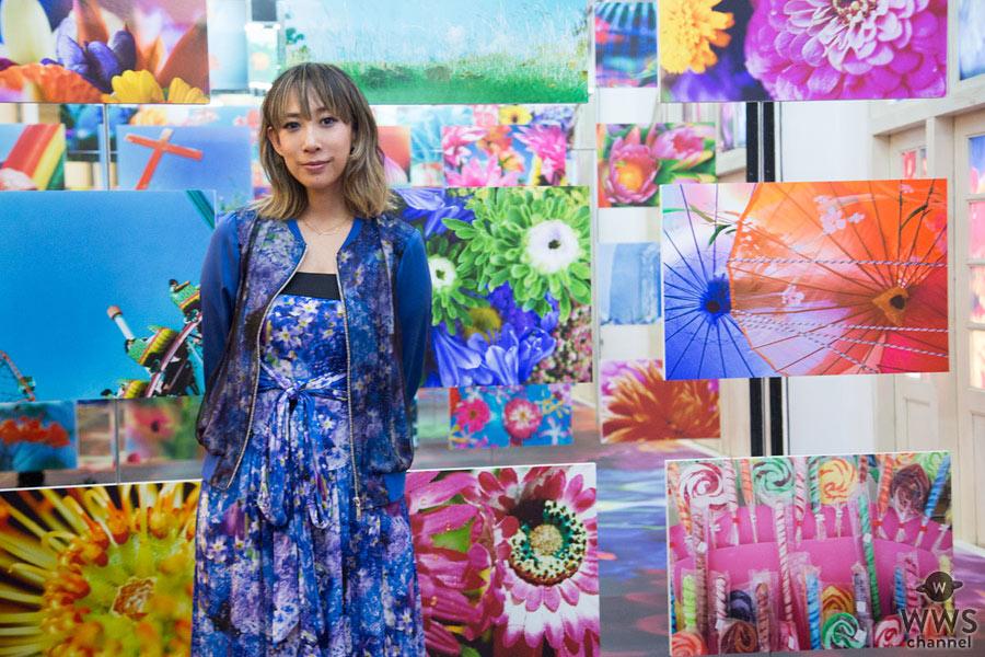蜷川実花の個展に西島隆弘(AAA)、ももクロ、ふなっしー ら118組の著名人の人物作品が展示!