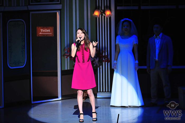 May J.が大阪なんばグランド花月で「Let It Go ~ありのままで~」を熱唱!