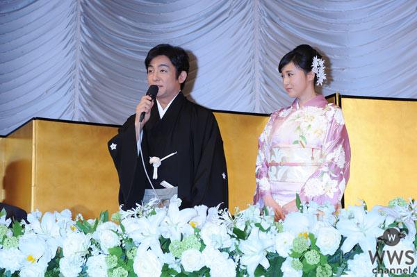 片岡愛之助と藤原紀香が結婚!2人揃って結婚報告会見に登場!