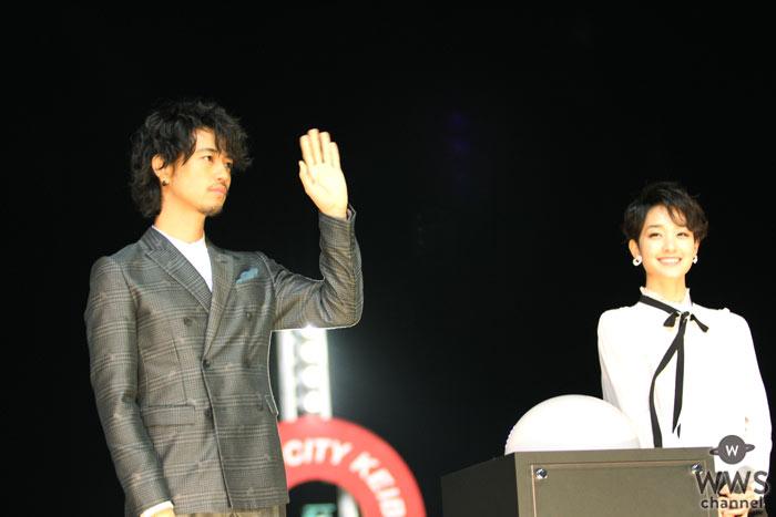 斎藤工と剛力彩芽が東京シティ競馬に登場!トゥインクル30周年バージョンイルミネーション点灯式開催!