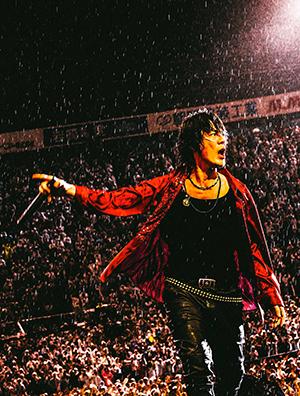 氷室京介が35年周年の集大成でBOΦWY時代を含む オールキャリア・ベストアルバム『L'EPILOGUE』を4月13日に発売!