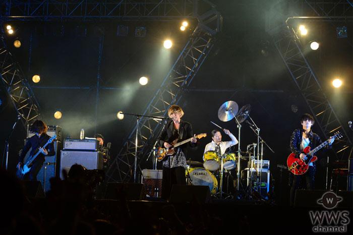 【ライブレポート】[Alexandros]が懐メロから人気ナンバーまで!自由自在の夜空ライブ!