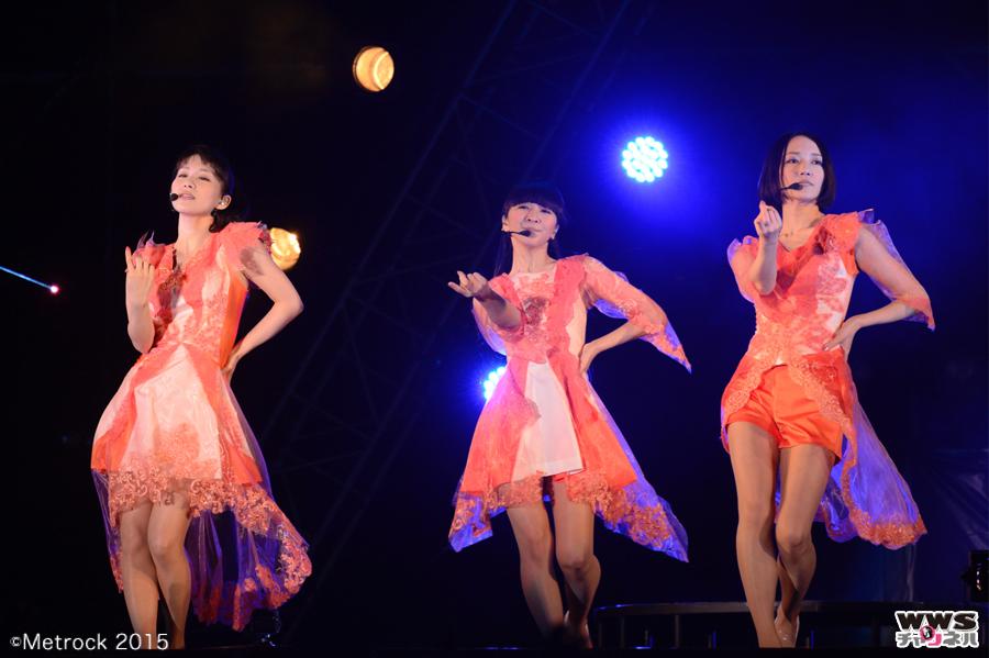 【ライブレポート】LIVEサービス200%!驚愕の「サプライズ」に誰もがフィーバー!Perfumeがメトロック2015に登場!