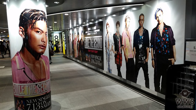 EXILE THE SECONDが渋谷に突如出現!?渋谷駅に巨大ポスターと5人の柱巻が登場!