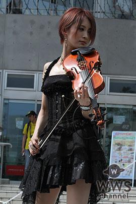 美し過ぎるヴァイオリニスト・Ayasaがお台場野外ステージでオーディエンスを魅了!