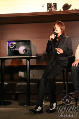 GLAYのTAKUROが歌詞が表示される新感覚スピーカーを絶賛!「TERUからも発注が来ている」