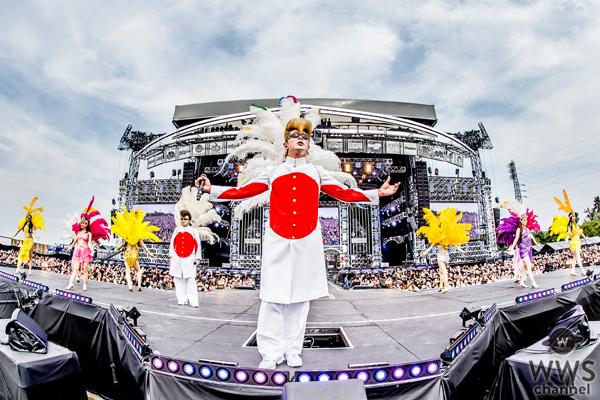 【ライブレポート】氣志團万博初日の氣志團ステージにゴールデンボンバー、きただにひろしがサプライズ登場!
