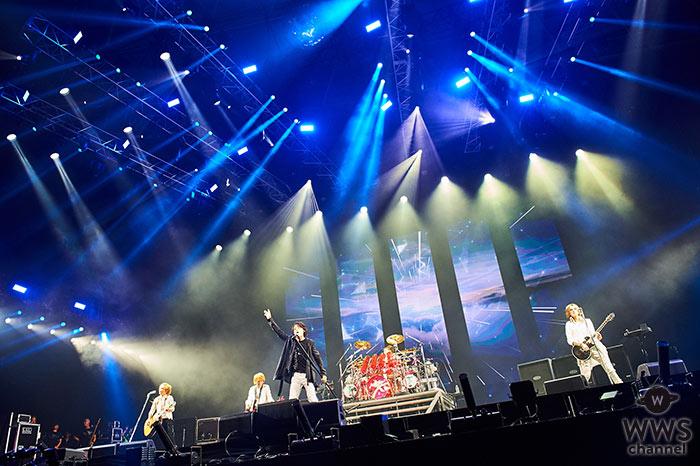 LUNA SEAがVISUAL JAPAN SUMMIT 2016初日に白衣装で登場!『ROSIRE』など人気曲を披露!