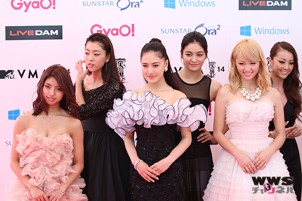 【VMAJ2014】総勢13名でダンスパフォーマンスグループ、E-girlsが登場!