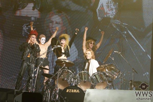 【ライブレポート】ゴールデンボンバーとX JAPAN YOSHIKIが夢の共演!最強の『女々しくて』をVJS2016で披露!