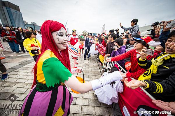 【写真特集】ももいろクローバーZがコミカルな衣装でお台場ハロウィーンイベントに登場!
