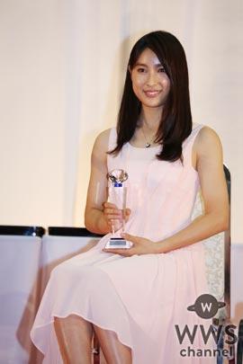 土屋太鳳がクリスマス ジュエリー プリンセス賞を受賞!「うれしかった・お!」と喜びを表現!