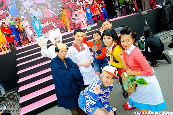人気絶頂のピコ太郎 サザエさん一家に扮したエビ中らがお台場ハロウィーンに登場!