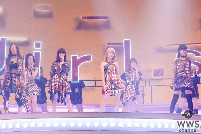 E-girlsがセクシー衣装でNHK紅白リハに登場!ダイナミックなダンスパフォーマンスを披露!