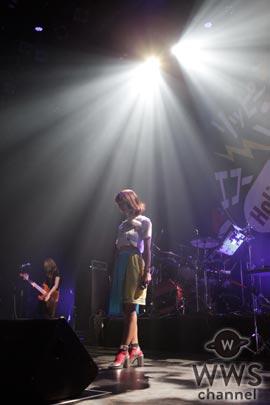 【ライブレポート】飯田里穂が『りっぴー中毒者』続出のライブを開催!「不安になる瞬間もあるけどステージに立つと自信を持つことができます」