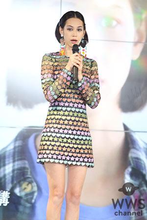 女優・水原希子が「NOVA」新 CM 発表会で流暢な英語を披露!抱負は「go for it」