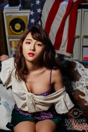 スパガ 浅川梨奈が『Men's JOKER』で艶っぽいセクシーな大人の姿で魅せる!