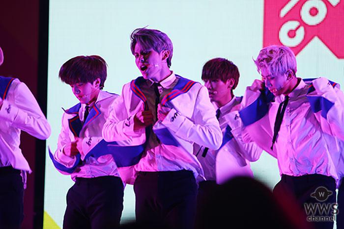 【写真特集】9人組韓国ダンスボーイズグループ・SF9が白衣装で圧巻のライブパフォーマンス!クイズコーナーではSEXYポーズも?!