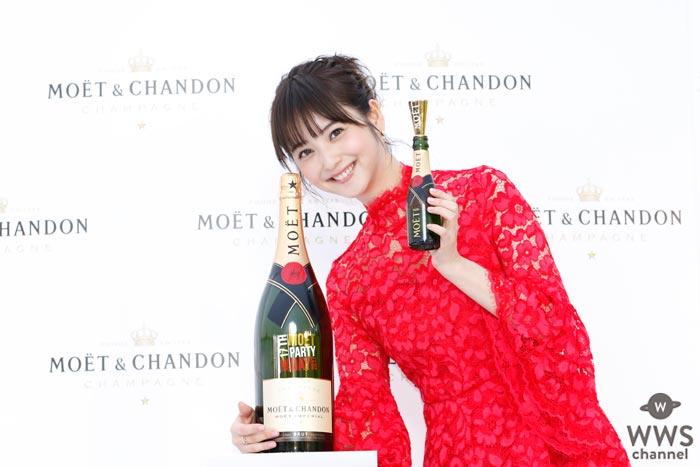 真っ赤にドレスアップした佐々木希が『MOET PARTY DAY 2017』オープニングセレモニーに登場!