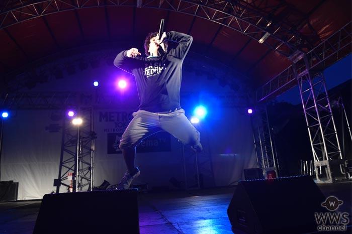 【ライブレポート】岡崎体育が興奮と爆笑の入り交じる熱狂ステージでメトロックを支配!「また来年・・・デカいステージでお会いしましょう!」