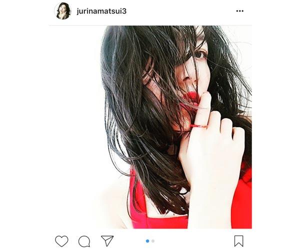 SKE48 松井珠理奈が大人セクシーな無造作巻き髪&美背中を披露!「大人珠理奈全開!」と絶賛の声!
