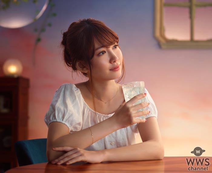 小嶋陽菜がアニメ『ママレード・ボーイ』の主題歌『笑顔に会いたい』の替え歌でAKB48卒業後初の歌声披露!