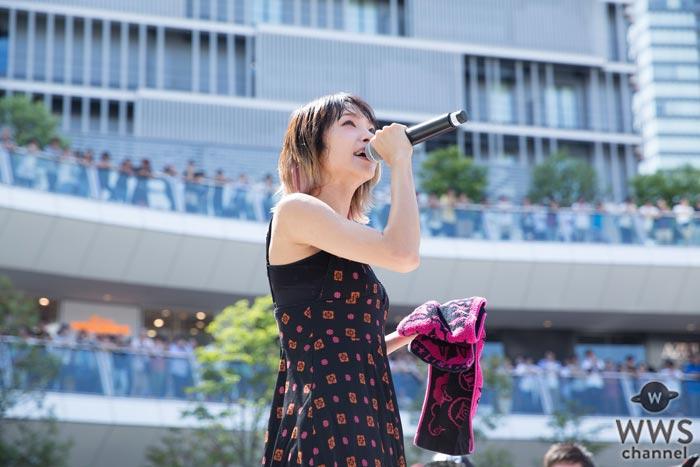 LiSAがニューシングル『だってアタシのヒーロー。』リリースイベント開催!夏休みのラゾーナ川崎が超満員!