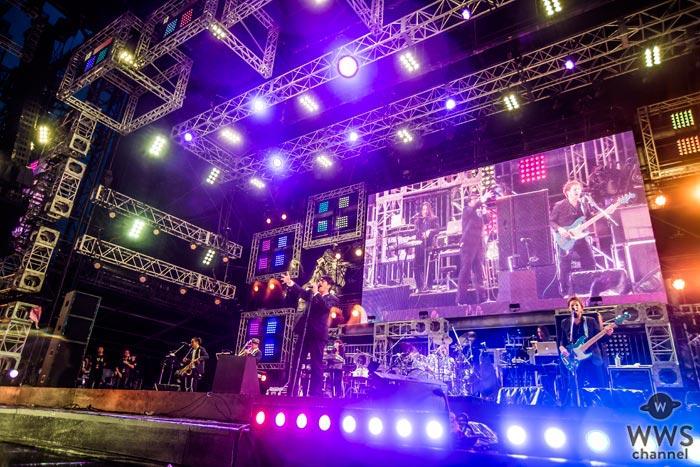 【ライブレポート】岡村靖幸が氣志團万博2017の2日目に3度目の参戦!怒涛のメドレーとダンスで黄昏時をファンクに彩る。