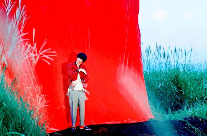 米津玄師のアルバム収録曲『fogbound(+?)』に池田エライザが歌唱参加!「彼女の呟くような歌声が完璧に合っている」