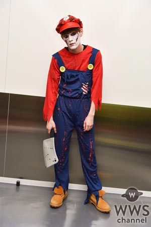 SOLIDEMOが個性的すぎる仮装でハロウィンライブ開催!ほとんど顔が見えない中でのパフォーマンスも!?