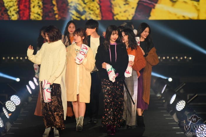 藤田ニコルがTGC北九州2017に登場!大人っぽさと、あどけない可愛らしさでを会場を魅了!
