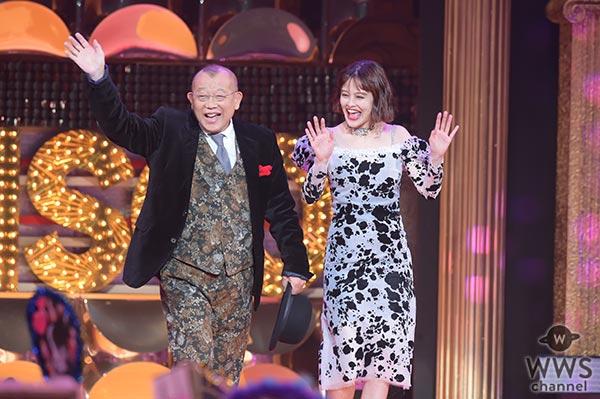 笑福亭鶴瓶がemmaと共に『ViVi Night』で人生初ランウェイ!「パワースポットやで、ここ」
