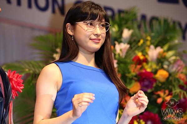 土屋太鳳が可愛いすぎる眼鏡姿で登場!第30回 日本 メガネ ベストドレッサー賞表彰式開催!「メガネは謎めいた魅力があると思うんです。」
