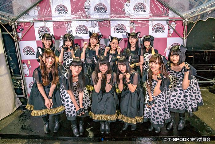 乃木坂46三期生が「T-SPOOK」の大トリに登場! イヌ派ネコ派でダルメシアン&黒猫のコスプレに扮し会場をメロメロに?