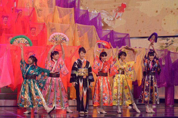 【AKB48、NMB48、ももいろクローバーZ…アイドルが大物演歌歌手との夢のコラボレーション!!】 第64回NHK紅白歌合戦 @NHKホール