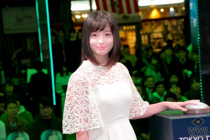 橋本環奈が天使の様な純白の衣装で初のイルミネーション点灯式に挑戦!「まさか自分が出来るとは思ってもみなかった」