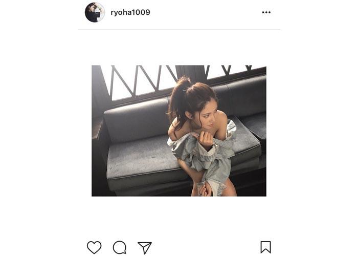 SKE48 北川綾巴が美麗の肩出しオフショット公開!「理性が吹き飛びそう!?」