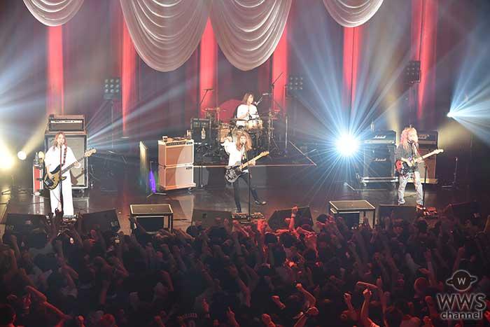 SCANDAL 恒例のクリスマスライブで新曲「プラットホームシンドローム」を初披露!