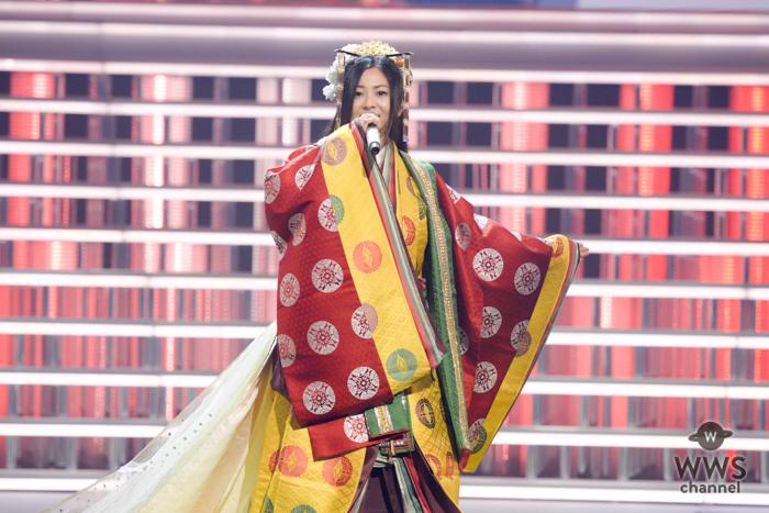倉木麻衣が平安のお姫様をイメージさせるかのような十二単姿でNHK紅白の最終日リハーサルに登場!