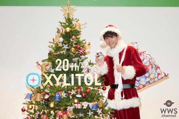 竹内涼真がサンタクロース姿で幼稚園にサプライズ登場!今年のクリスマスの予定は「仕事です」