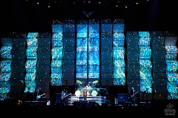 【ライブレポート】LUNA SEAがクリスマス恒例の2DAYSワンマンを開催。 発売直後のニューアルバムを引っ提げて聖夜を魅了!