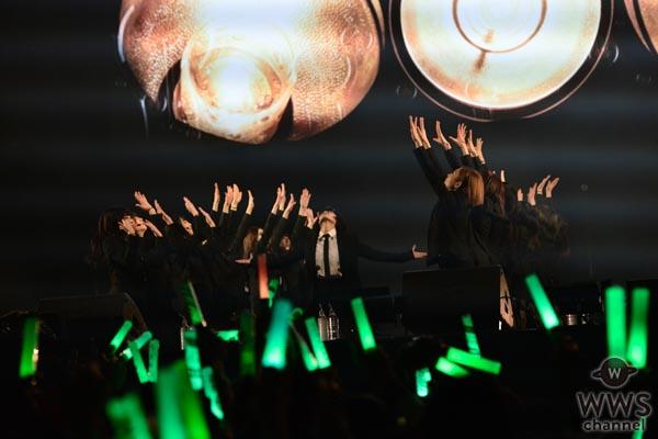 【ライブレポート】欅坂46が『COUNTDOWN JAPAN 17/18』EARTH STAGEのトップバッターに登場!強烈で印象深い圧巻のパフォーマンス!