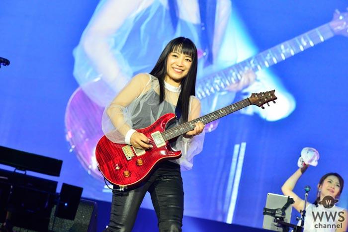【ライブレポート】miwaが涙の熱唱!溢れる想いで『COUNTDOWN JAPAN 17/18』を魅了!